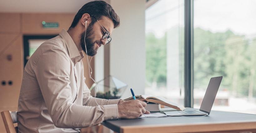 Music at Work – Good or Bad?